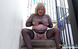 Europe MaturE Busty Ginger beer Trisha Solo Masturbation