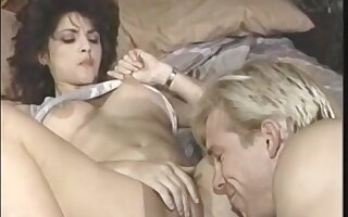 Black And Classic Free Online Stre - chessie moore