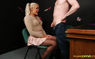 Beautiful Gina Varney is a girl who never says no straight away gigantic head