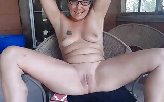 Experienced Farm girl what you homologous to and she will strip and fucks a tight pussy
