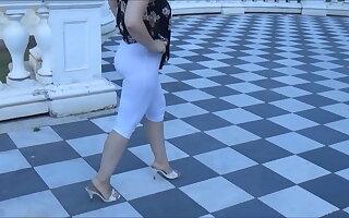 Big Ass Legs Public