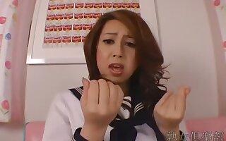 Yumi Kazama pussy rubbing video