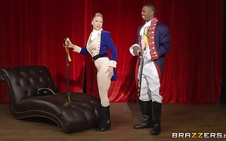 Threatening clothes-horse fucks a catch hot blonde in a serious role play gem