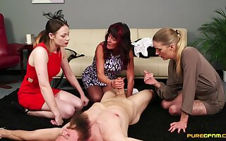 Be experiencing matures enjoy pleasuring one dude's cock on the nonplus