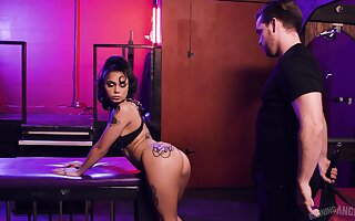 Genevieve Sinn is a young young gentleman who loves roughly submit in hyperactive