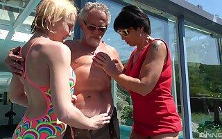 Darina increased by Ivana Kourilova share an old man to win their kicks