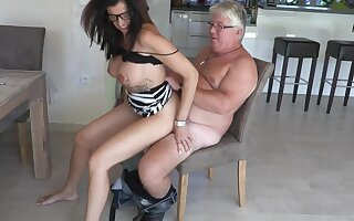 German big boobs mature milf fuck ugly sponger