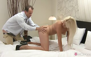 Soft-hearted lovemaking with seductive blonde suitor Kathy Anderson
