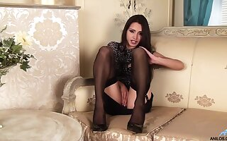 Chelsea French has got legs for generation and that hot MILF loves masturbating