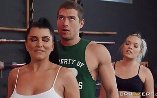 Reality Coitus in Gym Spotting Say no to Aggravation Xander Corvus, Romi Rain