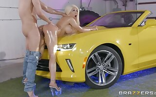 Cuban porn star Luna Star gets oiled up coupled with fucked hard on a car hood