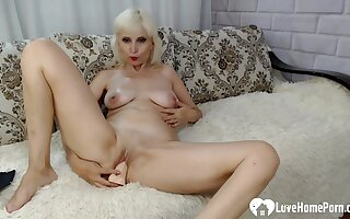 Since her friend was not around, this hot beauty pleasured herself with a dildo