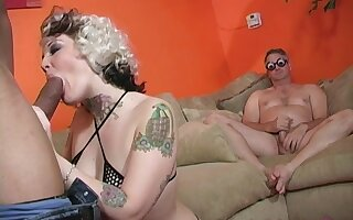 Candy Monroe lets only black dudes to fuck her while her husband watches