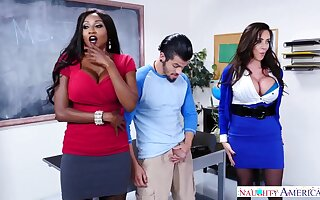 Interracial Threesome milf