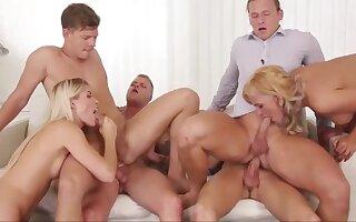 Swinging orgy - Homemade