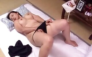 Hot hardcore porn with a lusty Japanese cougar