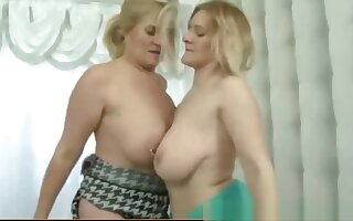 Mature catfight
