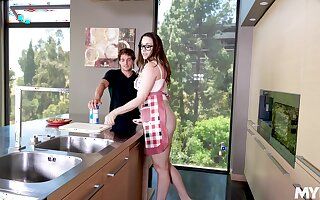 Young dick brings out the best yon perky MILF Chanel Preston