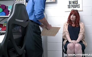 To the greatest ginger milf Amber Dawn gets punished be advisable for overcharging