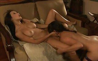 Sinn Sage & Katsumi in mutual pussy licking action