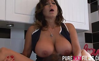 Busty housewife, Tara Holiday was bellyache greatest extent getting her trimmed pussy licked in the kitchen