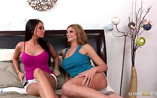 Butch threesome with a strapon and a vibrator - Celeste Toast of the town