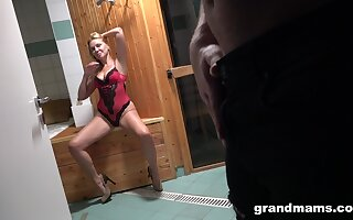 Hot grown up lady seduces a young bloke in the sauna and intermittently fucks him silly