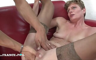 Naughty unselfish cougar with small juggs getting shagged
